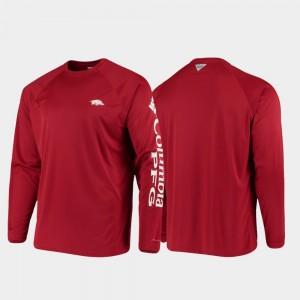 Cardinal Men College T-Shirt Omni-Shade Razorbacks PFG Terminal Tackle Long Sleeve