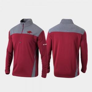 Omni-Wick Standard Cardinal College Jacket For Men's Razorbacks Quarter-Zip Pullover