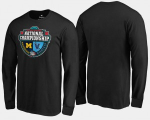 College T-Shirt 2018 Basketball National Championship Black Michigan Wolverines Men vs. Villanova Wildcats Crossover Matchup Long Sleeve