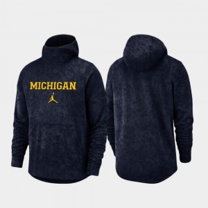 Wolverines Navy For Men Spotlight Basketball Team Logo Pullover College Hoodie