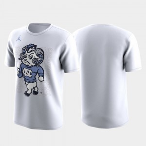 Family on Court Men North Carolina Tar Heels College T-Shirt White March Madness Legend Basketball Performance