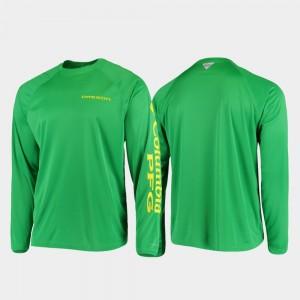 PFG Terminal Tackle Long Sleeve Omni-Shade Green Oregon College T-Shirt Mens