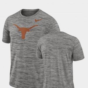 Charcoal Performance College T-Shirt 2018 Player Travel Legend Men Texas Longhorns